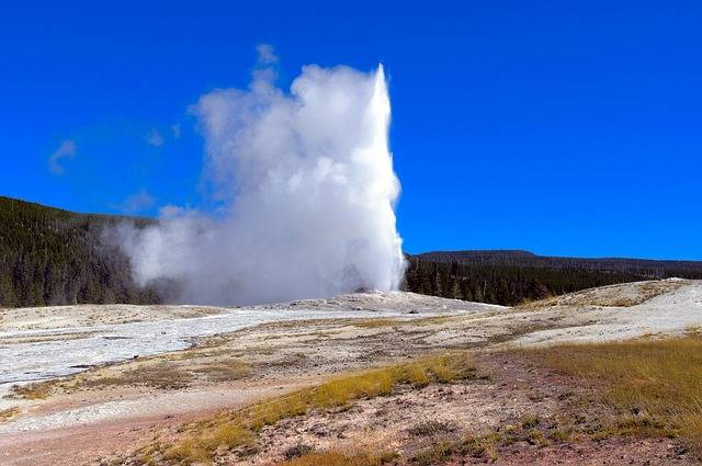 yellowstone 3 days itinerary