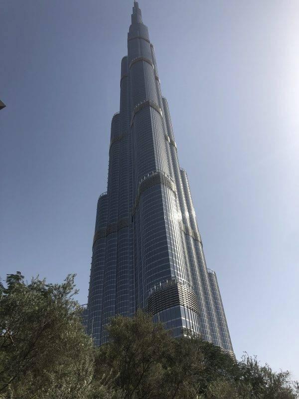 dubai facts Burg Khalifa tallest building in the world