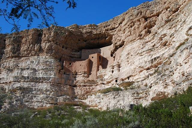 montezumas-castle-indian ruins arizona