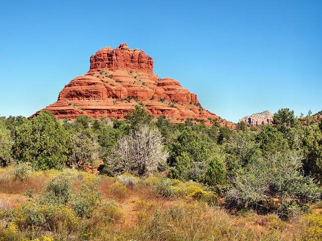 Bell Rock Sedona vortex hikes